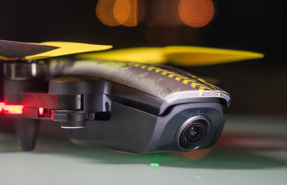 XIRO Xplorer Mini camera drone